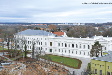 Prof. Dr. Dr. h. c. mult. Jörg Hacker: Looking ahead – Connecting  scientific knowledge and society