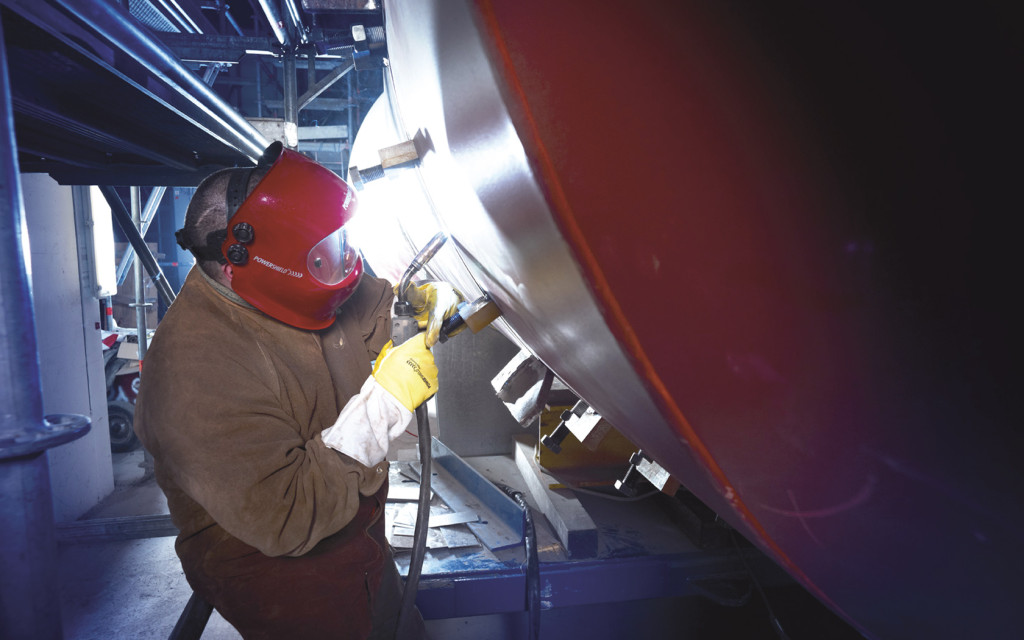 Welding speeds up to three to four times faster in pipeline construction with the  EWM pipeSolution process (Block 9 at GKM power plant in Mannheim).