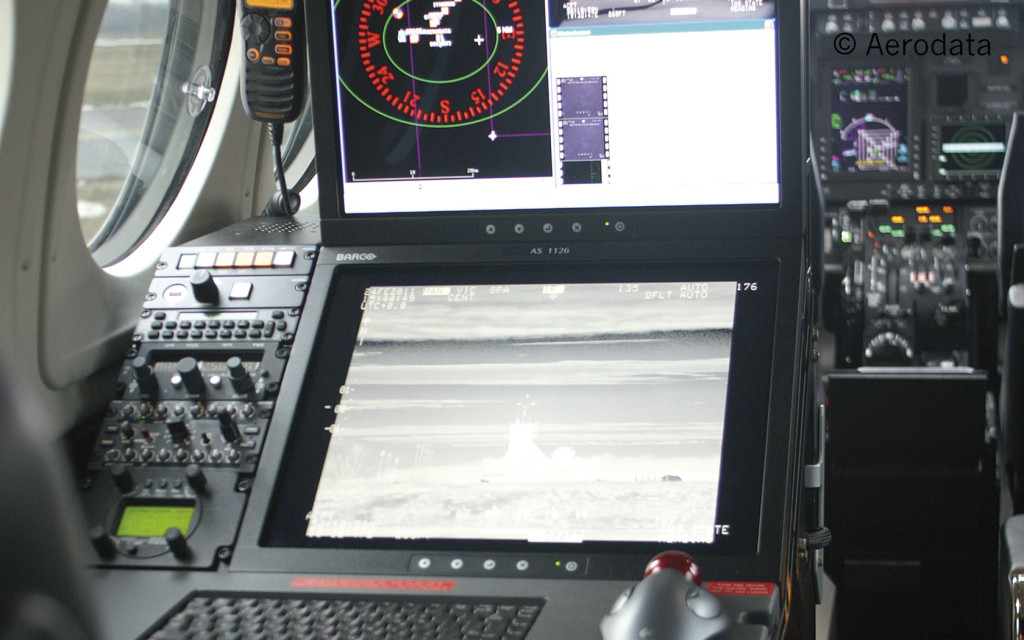 The work station with the Aerodata AG  flight measurement system helps  calibrate control electronics  at the airport.