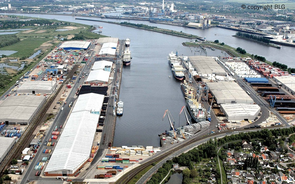 Business focus on the maritime economy: Neustädter Hafen in Bremen.