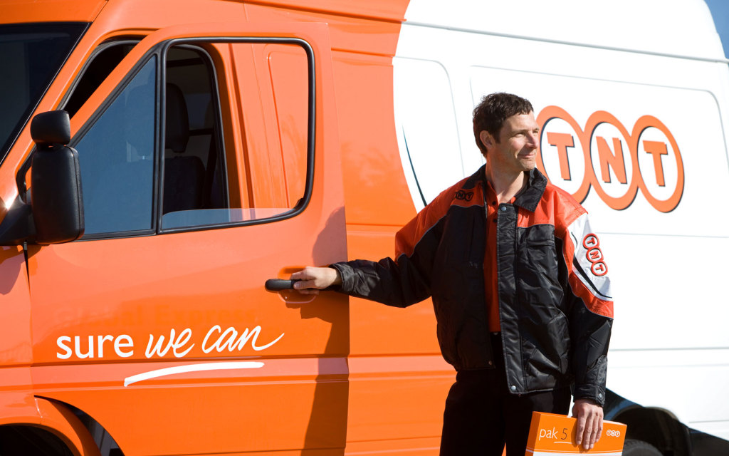 TNT_Express_Delivery_2