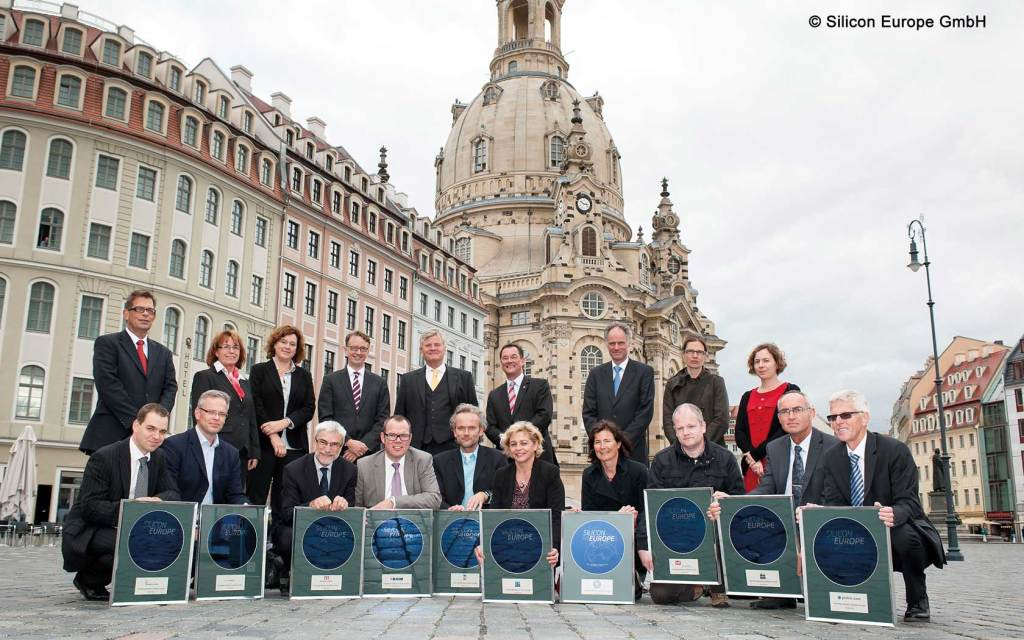 "In October 2012, the leading European microelectronic clusters founded the cluster alliance ""Silicon Europe – The Leaders for Innovative Electronics"" in Dresden."