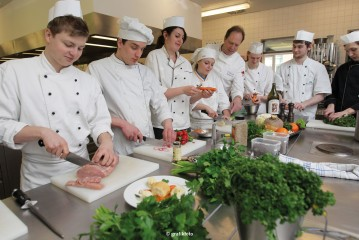 Minister of School and Professional Education Britta Ernst: Dual education –  Success stories from Schleswig-Holstein